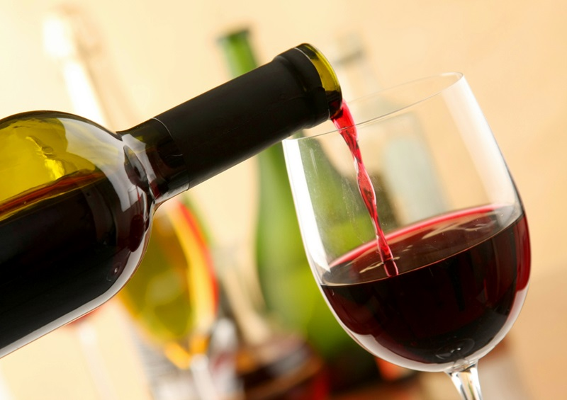 Учени: Мозъкът обича вино и сирене