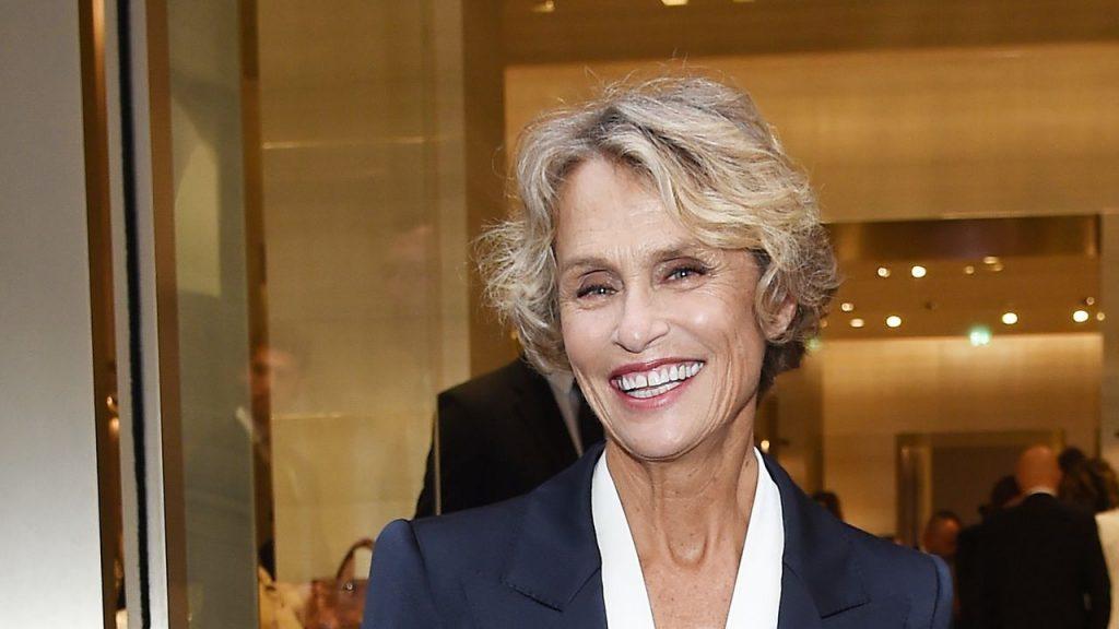 77-годишната манекенка Лорън Хътън: Сексът е моята тайна за красота