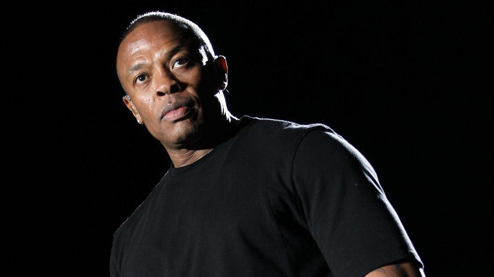 Съпругата на Dr. Dre го обвини в домашно насилие