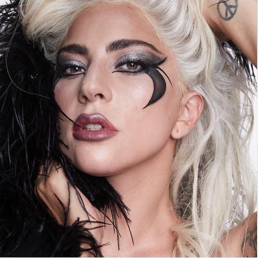 Лейди Гага на 35!