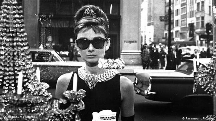Животът на Одри Хепбърн претворен в телевизионен сериал