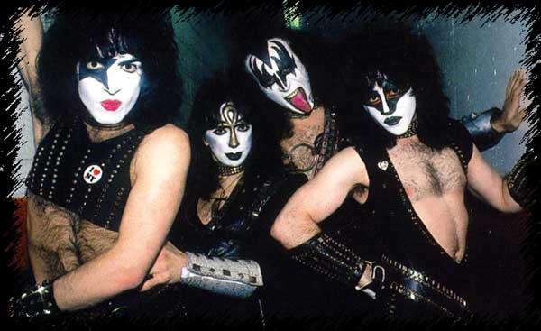 Група Kiss подновява прощалното си турне